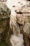 Peru, waterval Sipia in de canion Cotahuasi Royalty-vrije Stock Foto's