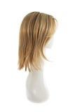 Peruca do cabelo sobre a cabeça do manequim Imagens de Stock Royalty Free