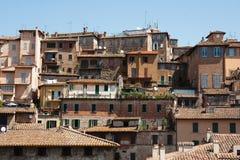 Perugia, casas italianas velhas fotos de stock royalty free