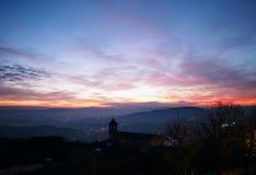 Perugia, Italia Tramonto da Giardini Carducci Fotografia Stock
