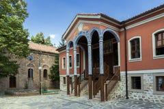 PERUSHTITSA, BULGARIEN - 4. SEPTEMBER 2016: Das Gebäude von Danov-Schule vom 19. Jahrhundert, Perushtitsa, Bulgari Stockbild