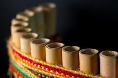 Peruviaans muzikaal die instrument van bamboe wordt gemaakt stock afbeeldingen