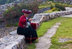 Peruvian woman weaving Royalty Free Stock Photography