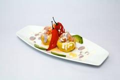 PERUVIANO culinario: rellena di causa Pasta di Potatos Immagini Stock