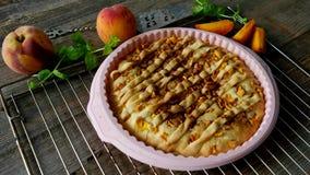 Perzik eigengemaakte pastei stock footage