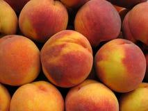 Perziken. Stock Afbeeldingen