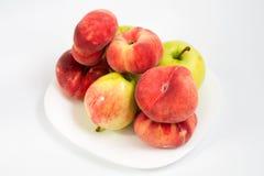 Perziken en appelen Stock Foto's