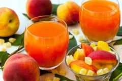 Perziken en perzik smoothies Royalty-vrije Stock Afbeelding