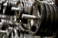 Pesa de gimnasia del peso en una gimnasia Fotografía de archivo