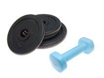 Pesa de gimnasia y barbells Foto de archivo libre de regalías