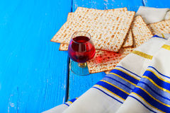 Pesach Still-life with wine and matzoh jewish passover bread Stock Photography