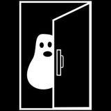 Pesadelo engraçado de Ghost Dia das Bruxas atrás da porta Foto de Stock