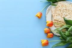 Pesah świętowania pojęcie & x28; żydowski Passover holiday& x29; nad zielonym tłem Odgórnego widoku mieszkanie nieatutowy zdjęcia royalty free