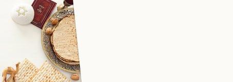 Pesah świętowania pojęcie & x28; żydowski Passover holiday& x29; Odgórny widok, mieszkanie nieatutowy zdjęcie stock