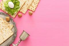Pesah świętowania pojęcie & x28; żydowski Passover holiday& x29; Odgórny widok, mieszkanie nieatutowy zdjęcia stock
