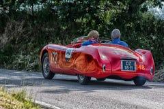 PESARO COLLE ΣΑΝ ΜΠΑΡΤΌΛΟ, ΙΤΑΛΊΑ - 17 ΜΑΐΟΥ - 2018: CISITALIA 202 S παλαιό αγωνιστικό αυτοκίνητο ΚΚ SPIDER 1947 στη συνάθροιση M Στοκ Εικόνα