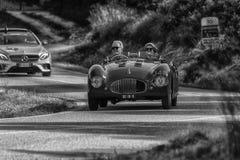 PESARO COLLE ΣΑΝ ΜΠΑΡΤΌΛΟ, ΙΤΑΛΊΑ - 17 ΜΑΐΟΥ - 2018: CISITALIA 202 S παλαιό αγωνιστικό αυτοκίνητο ΚΚ SPIDER 1947 στη συνάθροιση M Στοκ Φωτογραφία