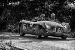 PESARO COLLE ΣΑΝ ΜΠΑΡΤΌΛΟ, ΙΤΑΛΊΑ - 17 ΜΑΐΟΥ - 2018: CISITALIA 202 S παλαιό αγωνιστικό αυτοκίνητο ΚΚ SPIDER 1947 στη συνάθροιση M Στοκ εικόνα με δικαίωμα ελεύθερης χρήσης