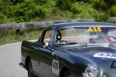PESARO COLLE SAN BARTOLO WŁOCHY, MAJ 17, 2018 - FERRARI 250 GT BOANO 1956 na starym bieżnym samochodzie w zlotnym Mille Miglia 20 Zdjęcie Stock