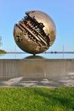 Pesaro en de Grote Bal van een Pomodoro Stock Fotografie