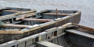 Pesca-barco-fila-barcos Fotografía de archivo libre de regalías
