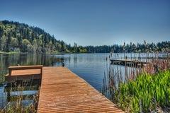 ¿Pesca, canotaje, o baño de Sun? Fotos de archivo libres de regalías