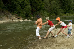 Pesca da equipe da família Imagens de Stock Royalty Free