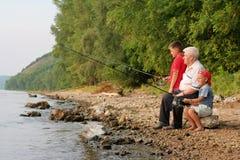 Pesca da família foto de stock