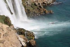 Pesca de la cascada Imagenes de archivo