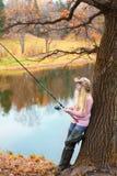 Pesca de la mujer Fotografía de archivo libre de regalías