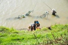 Pesca degli uomini Fotografia Stock