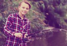 Pesca del adolescente Fotografía de archivo libre de regalías