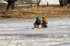 Pesca del hielo Imagenes de archivo