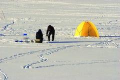 Pesca del invierno. Foto de archivo