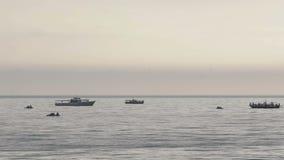 Pesca del pescador del barco metrajes