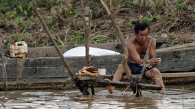 Pesca dell'uomo, linfa di Tonle, Cambogia Fotografie Stock