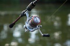 Pesca della bobina di filatura immagini stock libere da diritti