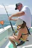 Pesca della figlia e del padre Fotografia Stock