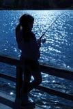 Pesca della ragazza fotografie stock libere da diritti