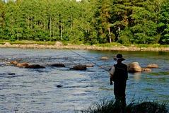Pesca di mosca dalla banca Immagini Stock Libere da Diritti