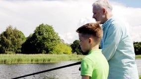 Pesca do avô e do neto no beliche 5 do rio filme
