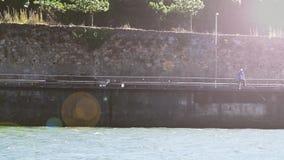 Pesca do homem no rio Portugal Imagem de Stock Royalty Free