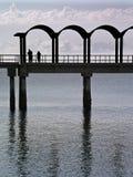 Pesca en el embarcadero Imagen de archivo libre de regalías
