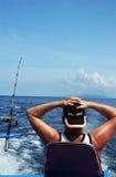 Pesca marittima profonda dell'uomo Immagine Stock