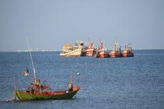 Pesca na província de Chonburi, Tailândia Fotos de Stock Royalty Free