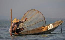 Pesca no lago Inle Foto de Stock Royalty Free