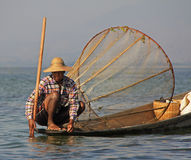 Pesca no lago Inle Imagens de Stock Royalty Free