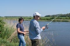 Pesca ou dobrar dos pares fotos de stock