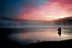 Pesca temprano por la mañana Imágenes de archivo libres de regalías