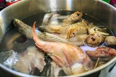 Pescado de Fumet para o paella fotografia de stock royalty free